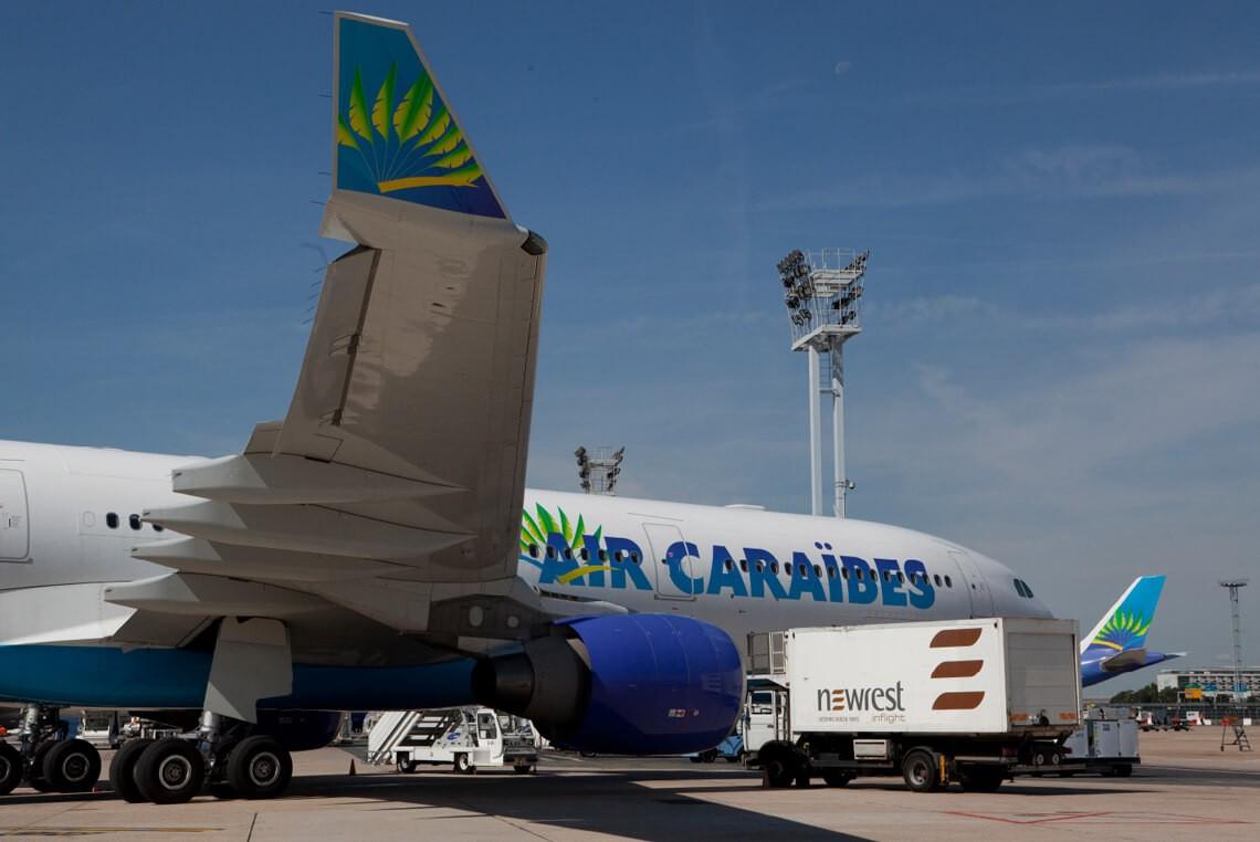Restauration embarquée à l'unité l'unité de production de Newrest Paris Orly pour notre client Air Caraïbes