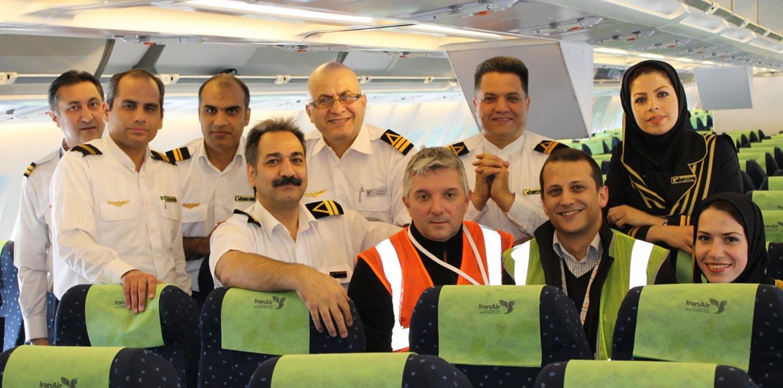 Les équipes de Newrest inflight d'Iran Air à Orly