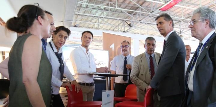 Participants au forum des Métiers de l'air