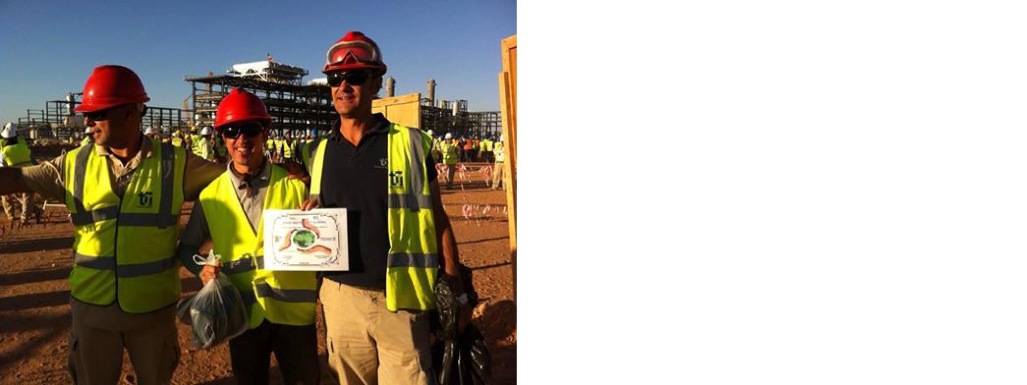 Ouvriers de chez Newrest Algérie sur le projet Touargas lors de de la journée mondiale de l'environnement