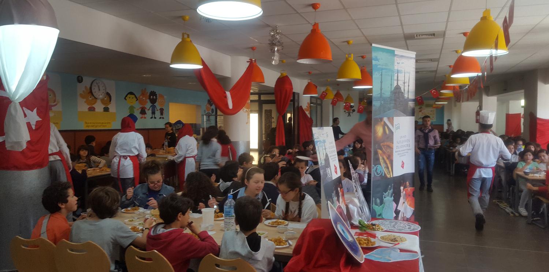 Newrest Algérie a organisé une journée turque dans les restaurants scolaires