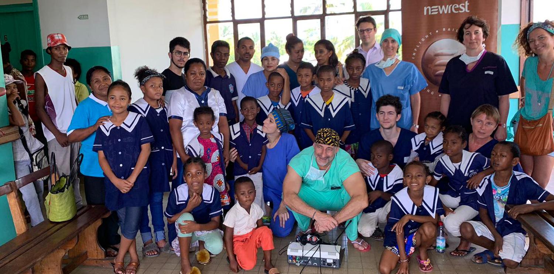 Madagascar : Newrest a soutenu la mission de l'association «Entendre le Monde»