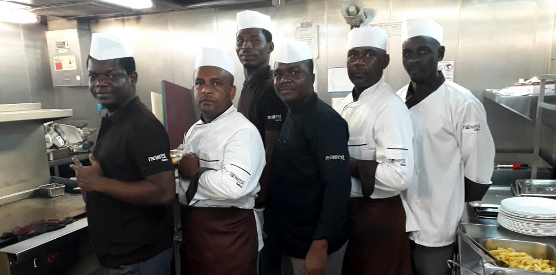 Newrest Gabon monte à bord du Norve pour Borr Drilling