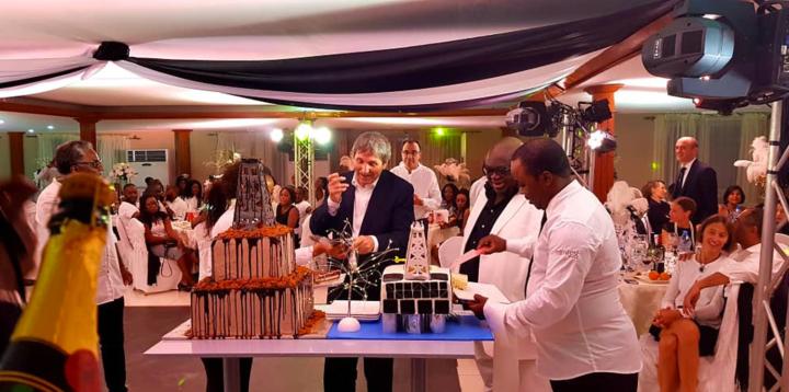 Newrest Gabon et Maurel & Prom