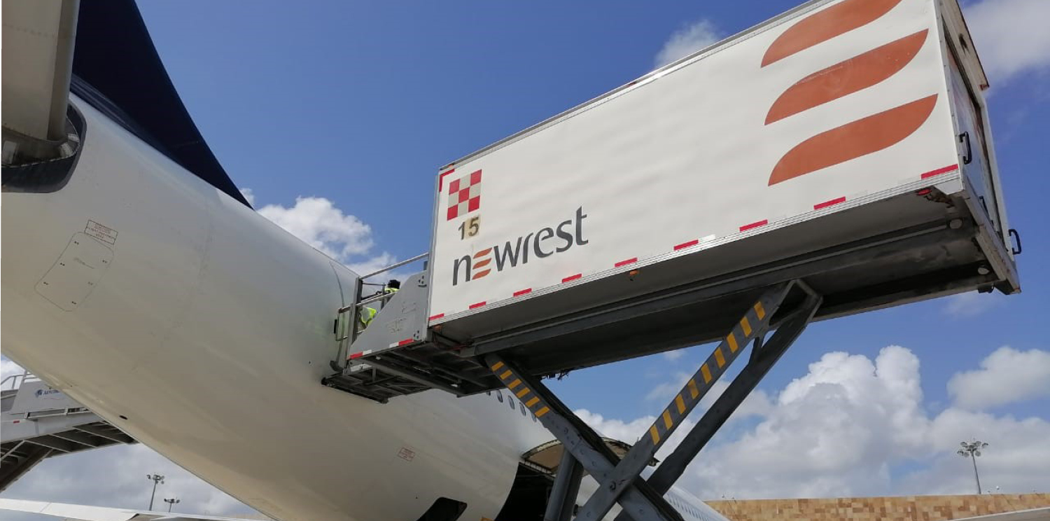 From Cancun, Newrest provides inflight catering services to a major airline