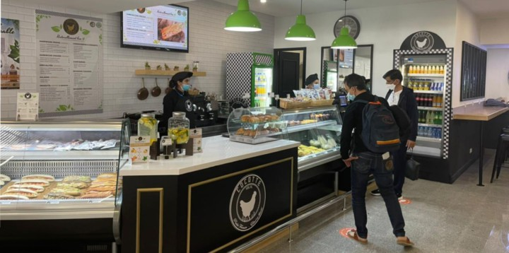 Point de vente Cocotte à l'aéroport Mohammed V de Casablanca au Maroc