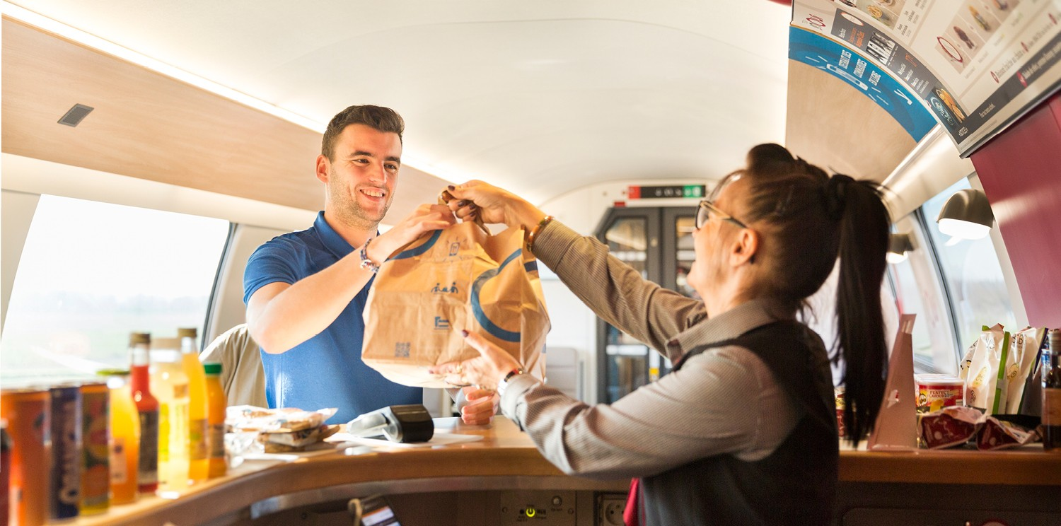 Newrest renews its rail catering partnership with the SNCF